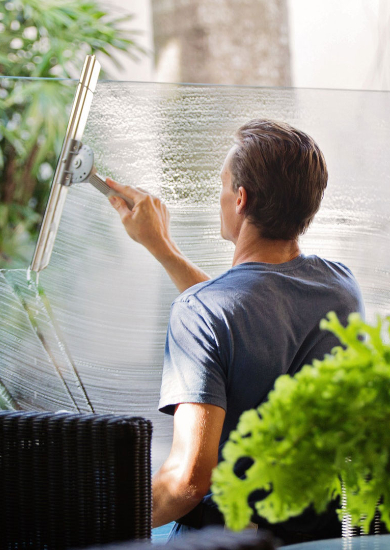 cleaning-services-window-wash